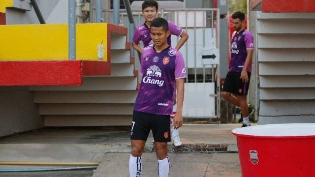 Mongkol Tossakrai completes his move to join Police Tero on a loan deal