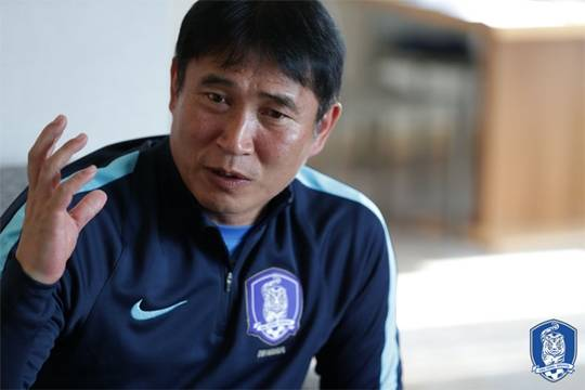 Korea Sack U-23 Head Coach Kim Bong-gil