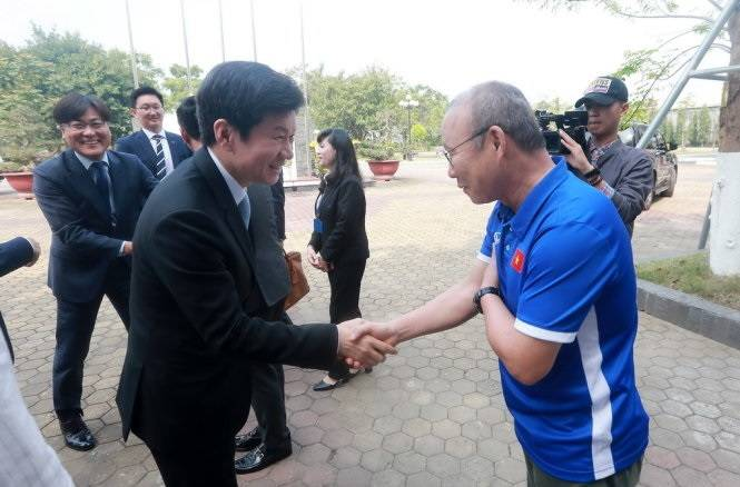 South Korea FA president expects Vietnam to outperform at Asia level