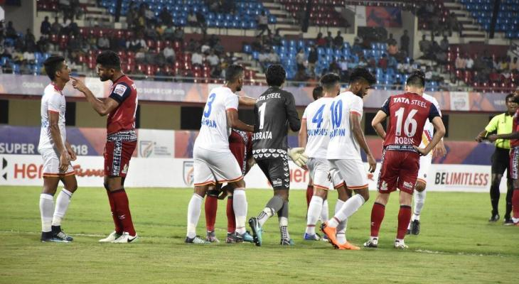 FC Goa beat Jamshedpur FC 5-1 in a dramatic encounter with 6 red cards