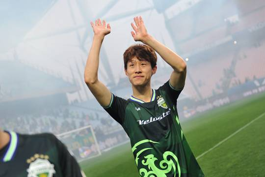 K League 1 Recap: 2017 K League MVP Lee Jae-sung shines again while foreign players prove themselves