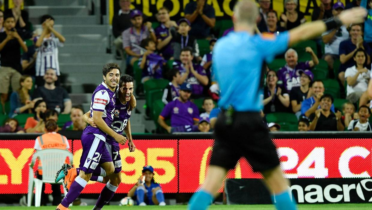 Perth Glory extend contracts with key trio