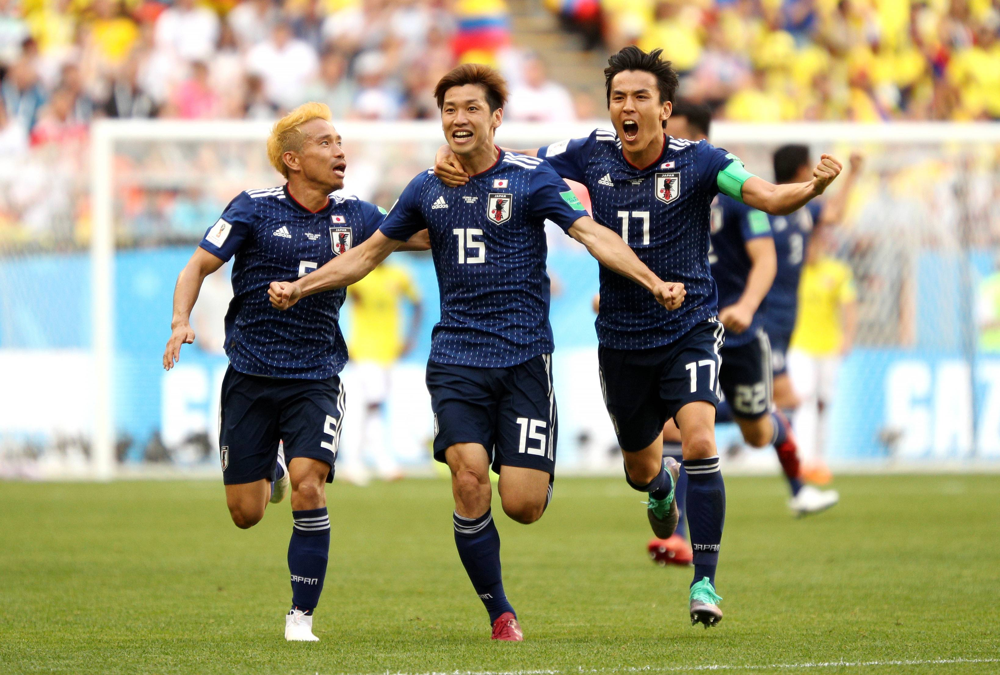 Kagawa, Osako goals push Japan to upset win over short-handed Colombia