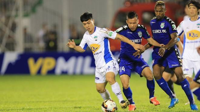 HAGL forward Nguyen Cong Phuong set to miss V.League clash with defending champions