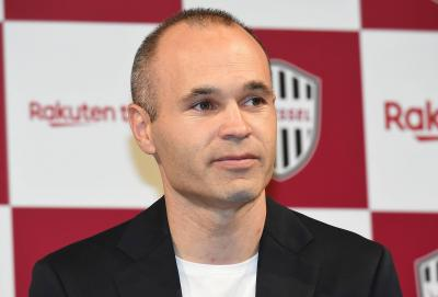 J1 League Recap: Iniesta, Torres debut but Vissel and Sagan falter