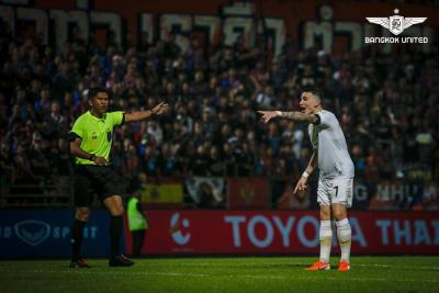 Bad Refereeing Ruins End to Thrilling Clash