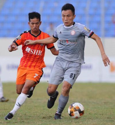 Hanoi and Ho Chi Minh Drop Points in Pulsating Title Race