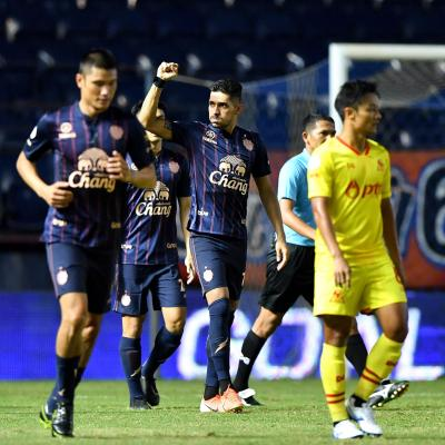 Buriram Dismantle Rayong to Reinvigorate Title Charge