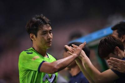 'Lion King' Lee Dong-gook: Coach told me to play defense only [against Ulsan]