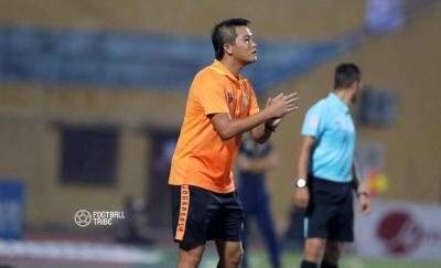 Hanoi March Towards Title, Relegation Battle Heats Up
