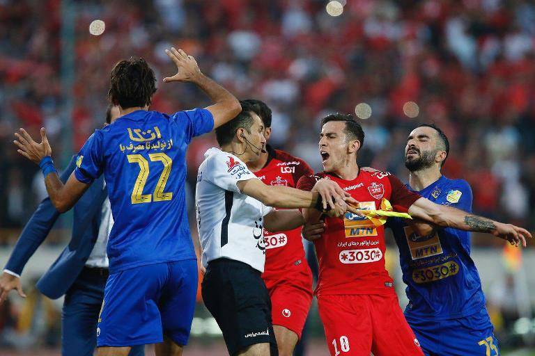 Persepolis winger suspended for clash in Tehran Derby