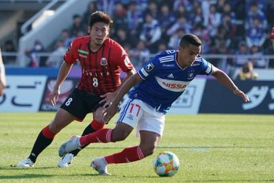 Yokohama Close In With Win Over Consadole