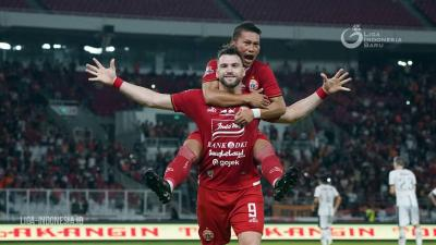 Marko Simic's Penalty Hattrick Saves Persija
