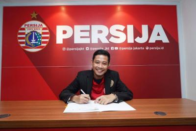 Persija Receives Dimas Reinforcement, Persib Accepts V.League Duo on Trial
