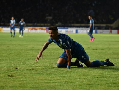 Persib's Wander Luiz Tested Positive for Coronavirus