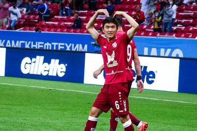 Hwang In-beom volleys at full stretch for first Russian Premier League goal