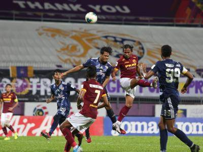 Olusegun's Penalty Saves Red Giants from Defeat as Pahang All But Confirm JDT's Seventh Straight League Title