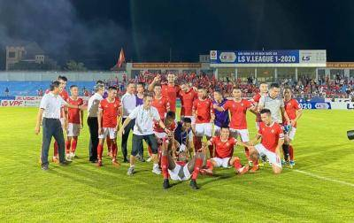 Ha Tinh Squeeze Their Way into Championship Group