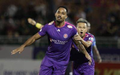 Pedro Scores Twice as Sai Gon Keep Their Title Charge Alive