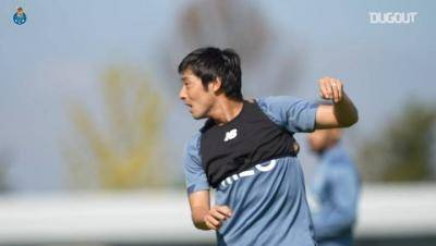 Shoya Nakajima is back training with Porto