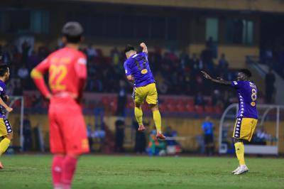 VL1 Title Race Down to Two as Sai Gon, Quang Ninh Lose Ground