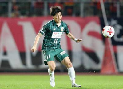 Furuhashi Bags Hat-Trick on Home Debut as Celtic Pulverized Dundee