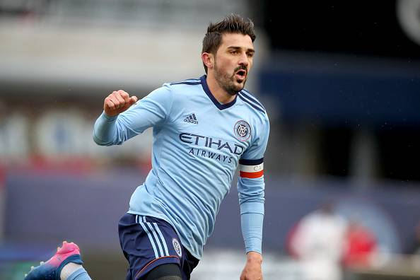 David Villa dan Gol-gol yang Terjadi dari Tengah Lapangan