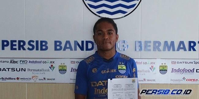 Fulgensius Billy: Debutan Istimewa Persib Bandung