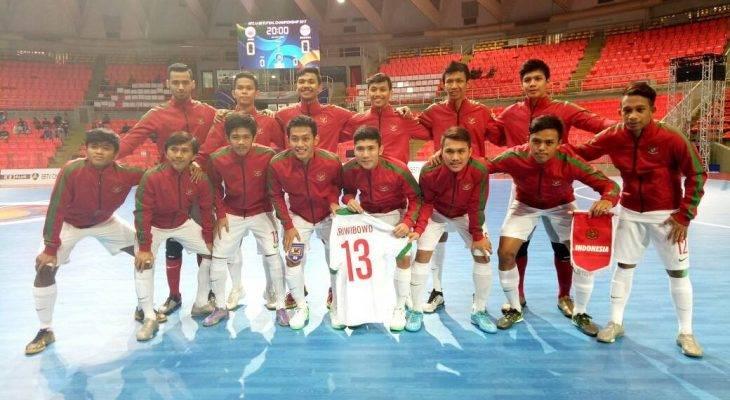 Teruntuk Timnas Futsal: Lawan! Sebaik-baiknya, Sehormat-hormatnya