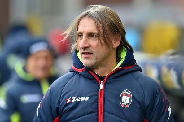 Nazar Mengharukan Pelatih Crotone