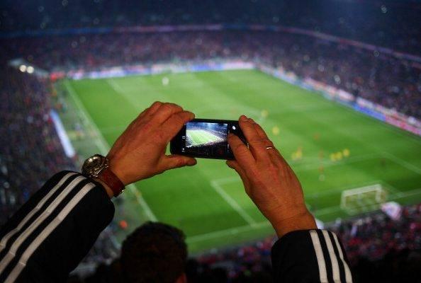 Teknologi dan Evolusi Perangai Penggemar Sepak Bola