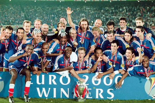Tim Terbaik Piala Eropa 2000: Tembok Italia, Momen Dramatis Prancis dan Tajamnya Belanda