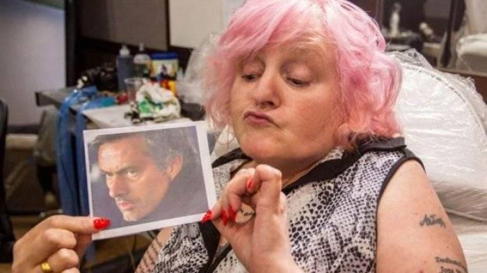 Vivien Bodycote, Nenek dengan Tato Bergambar Jose Mourinho