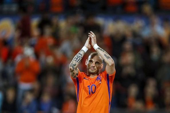 Ke Mana Wesley Sneijder Berlabuh?