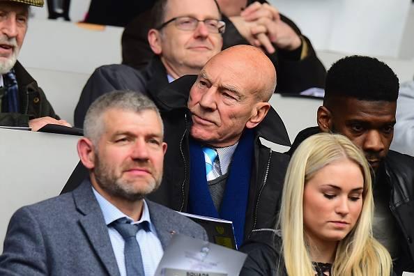 Cinta Sir Patrick Stewart kepada Huddersfield Town