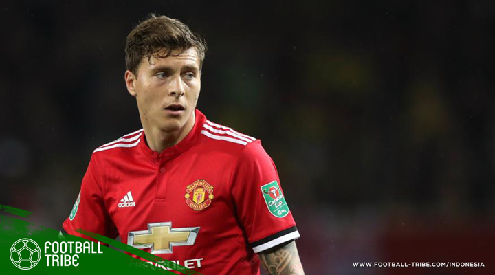 Skema Tiga Bek Tengah sebagai Cara Manchester United Memaksimalkan Victor Lindelof