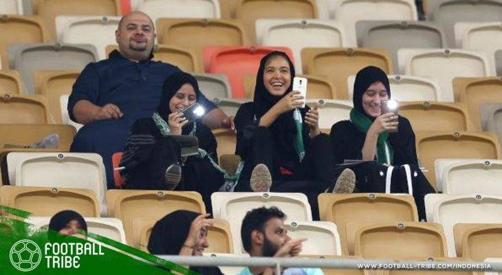 Perempuan di Arab Saudi Sudah Bisa Menonton Sepak Bola, Perempuan di Iran Kapan?
