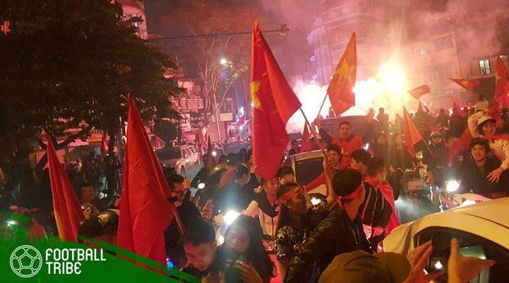Lautan Merah di Jalanan Ho Chi Minh
