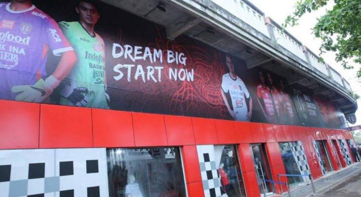 Esensi Kepemilikan Gerai Resmi untuk Klub Sepak Bola di Indonesia