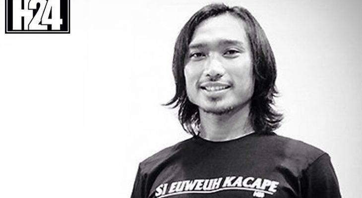 Pesepak Bola Indonesia yang Merambah Dunia Bisnis