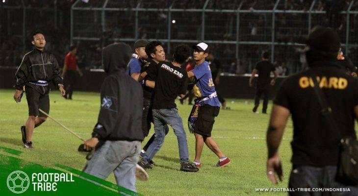 Kerusuhan di Laga Arema FC vs Persib Bandung: Niretika Siaran Langsung Sepak Bola oleh Indosiar