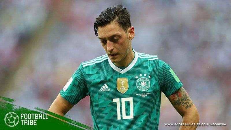 kritik yang diterima Özil