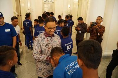 Dukungan Anies Baswedan untuk Tim AQUA DNC Indonesia