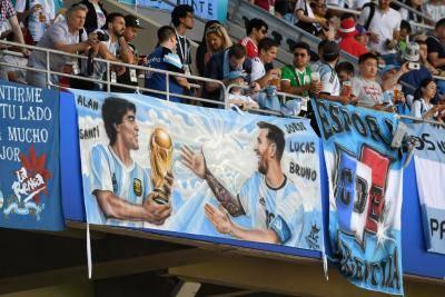 Messi dan Argentina, dalam Bayang-bayang Keagungan Maradona