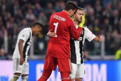 6 Pemain yang Pernah Berseragam Juventus dan AS Roma