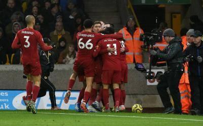 Mungkin, Cuma Mereka yang Bisa Hentikan Liverpool