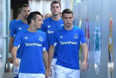 Everton dan Koleksi Bek Sayap Berkualitas