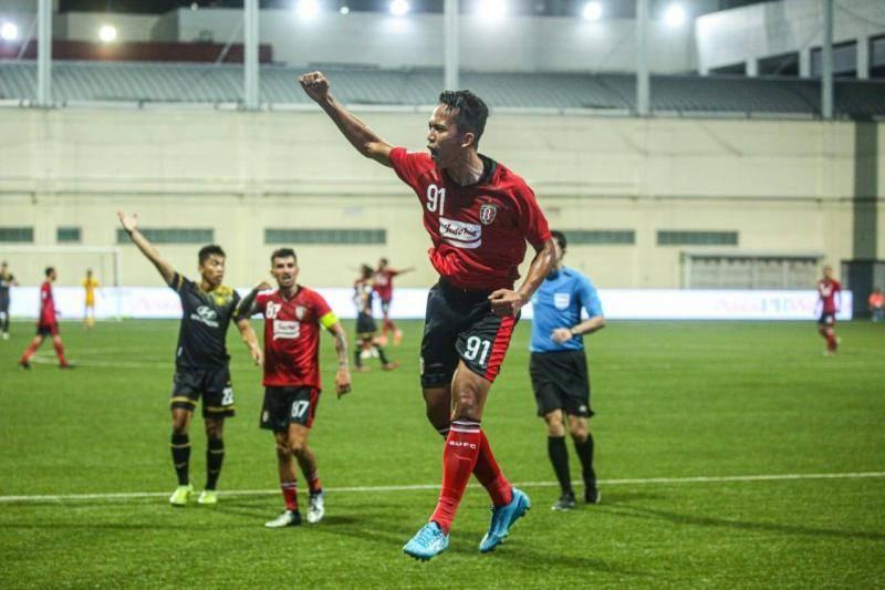 Beda Makna Bintang di Logo Bali United dan Persija ...