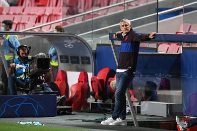 Barcelona Segera Memecat Setien Usai Dibantai Bayern Muenchen