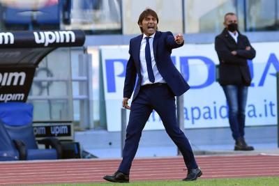 Antonio Conte Ragukan Masa Depannya di Inter Milan